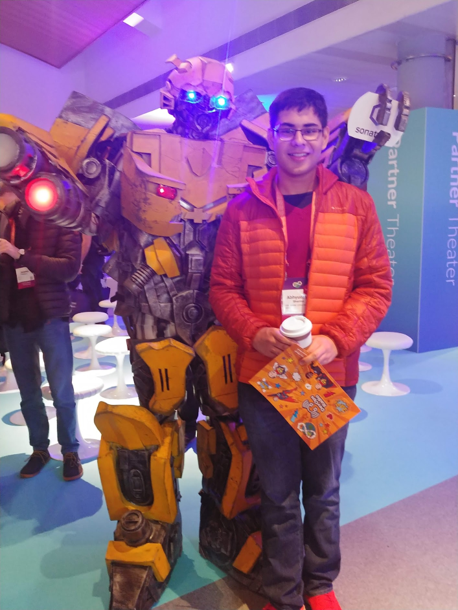 A photo with Bumblebee